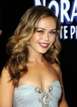 Alexis Dziena Photo Gallery