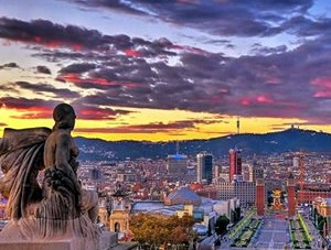 Romantic Experience In a Sumptuous Palace In Barcelona