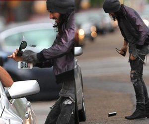 Russel Brand Accused as Cell Phone Snatcher
