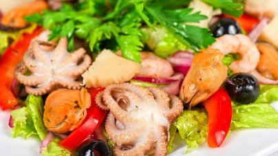 How to Lower Cholesterol by Eating Right