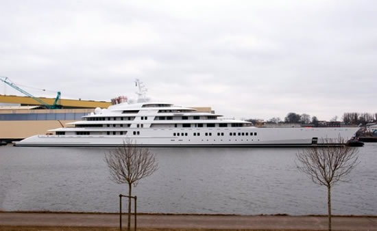 Azzam Worlds Largest Yacht