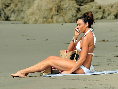 Michelle Heaton Beach Pictures
