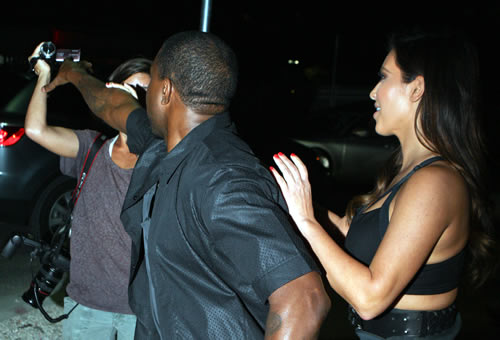 Kanye West Attacks Photographer