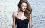 Jennifer Hawkins Picture Gallery