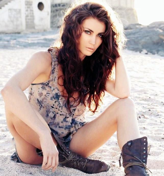 Tanit Phoenix Hot Pictures