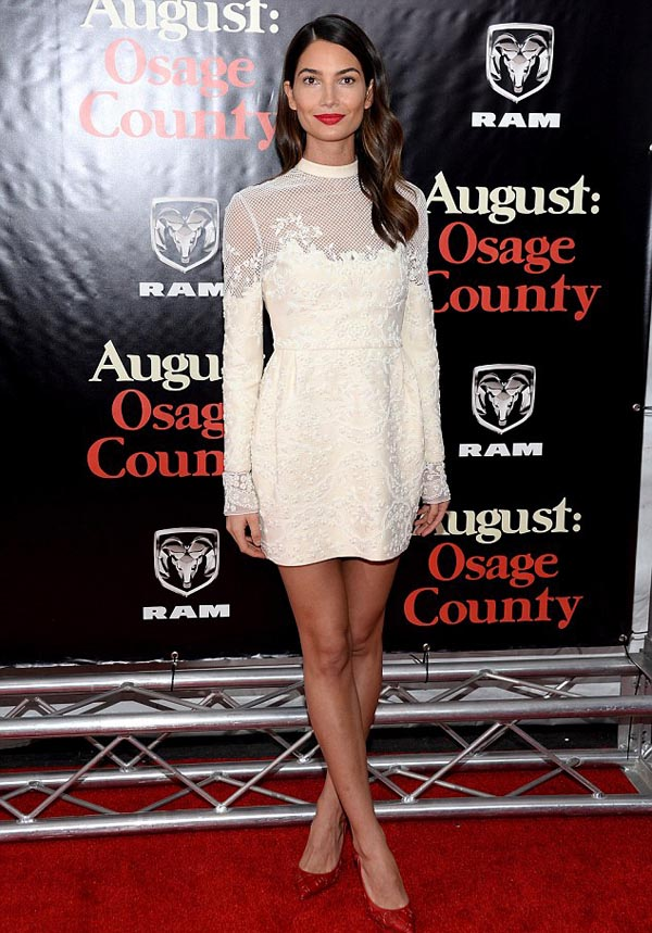 Julia Roberts dress show