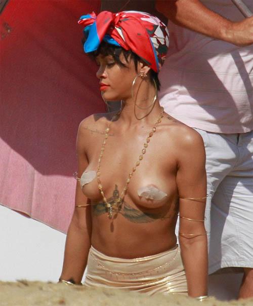 Rihanna Nipples for Vogue brazil photoshoot