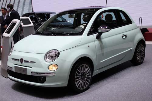 2014 Fiat 500 revealed at Geneva