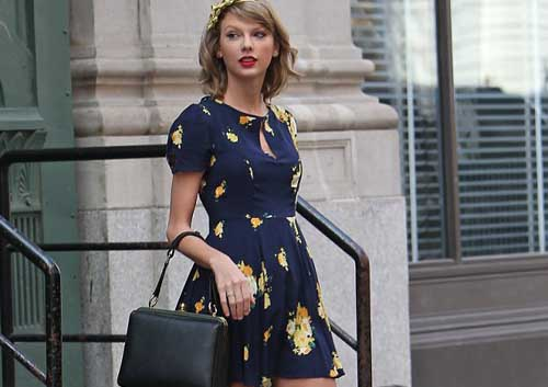 Taylor Swift brightens up New York