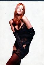 Angie Everhart Bio