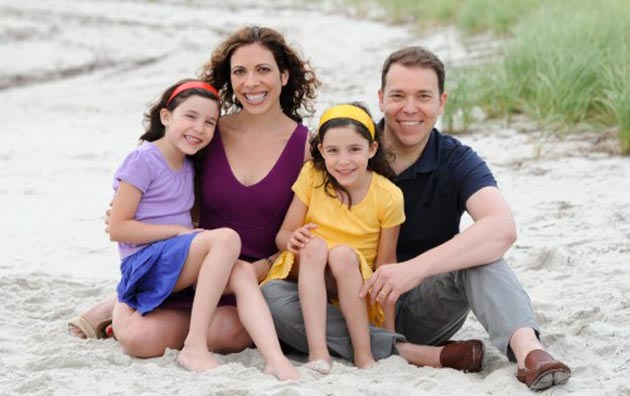 Tybee-Feiler-Linda-Rottenberg-Eden-Feiler-Bruce-Feiler-Cape-Cod-July-2012-Photo-Credit-Kelly-Hike-500x332