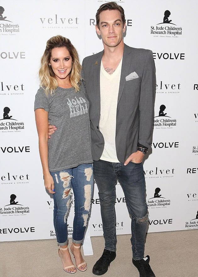 Ashley_Tisdale married_Christopher_French_ (3)