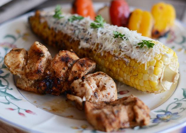 grilled-chicken-corn-plate