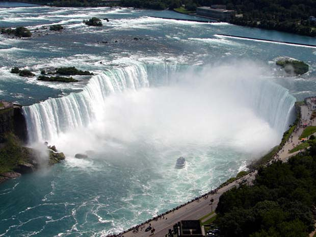 Horseshoe_Wonder_of_the_World_Niagara_Falls