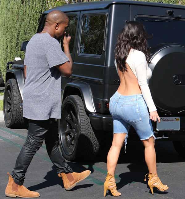 Kim_Kardashian_with_Kanye_West_1