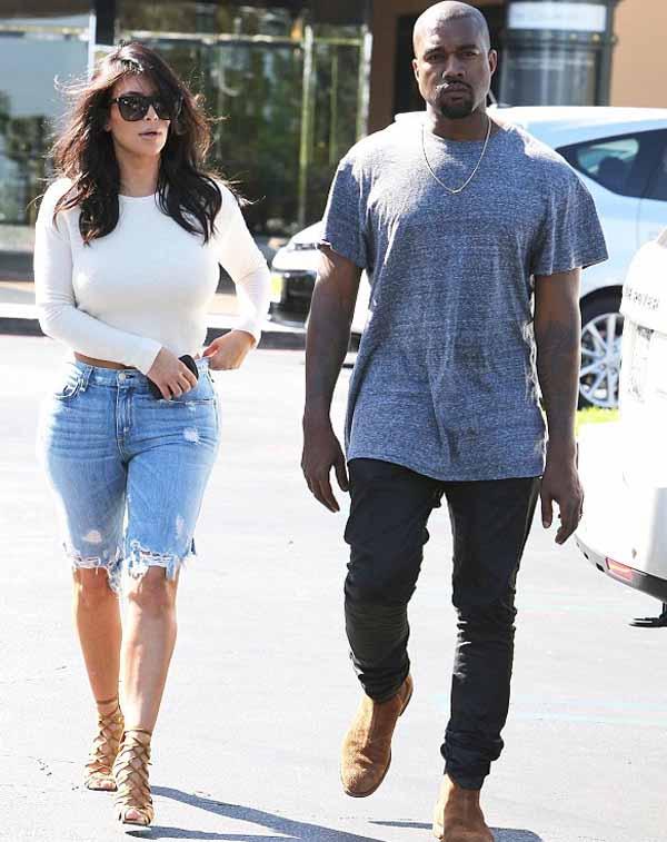 Kim_Kardashian_with_Kanye_West_4