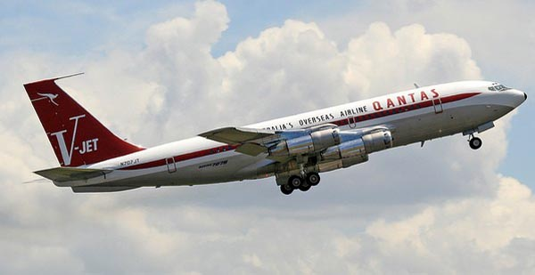 John Travolta Boeing 707-138