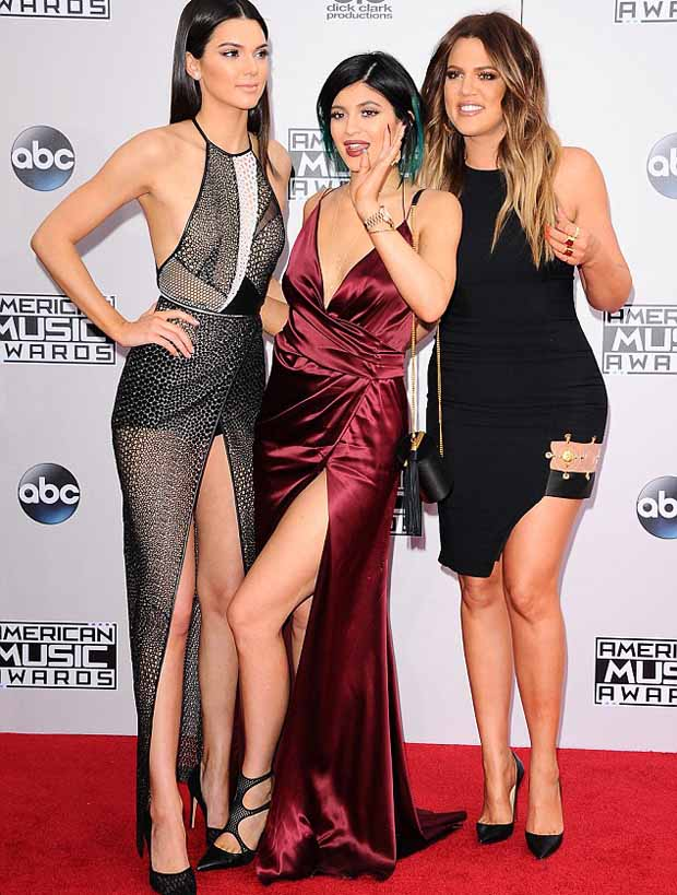 Kendall_and_Kylie_Jenner_and_Khloe_Kardashian_6