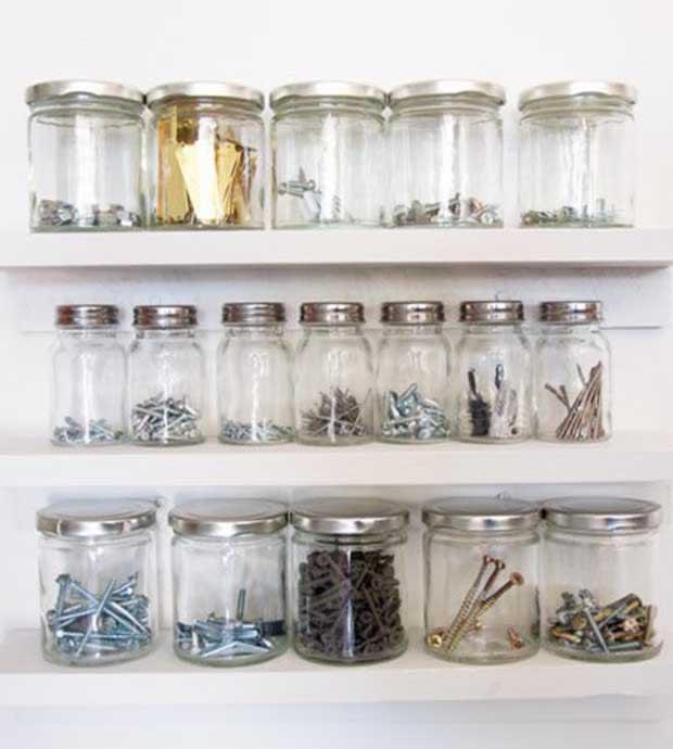 DIY_Mason_Jars_Garage_Storage