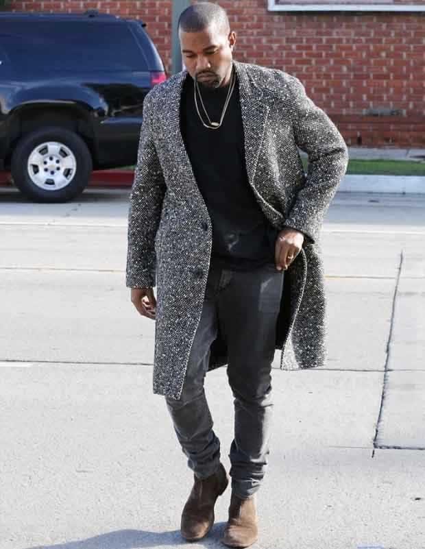 Kanye_West_Sports_a_Glum_look_2