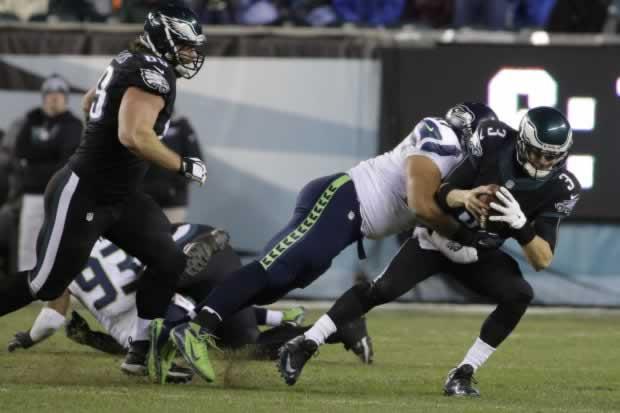 Seahawks_stifle_Eagles_20