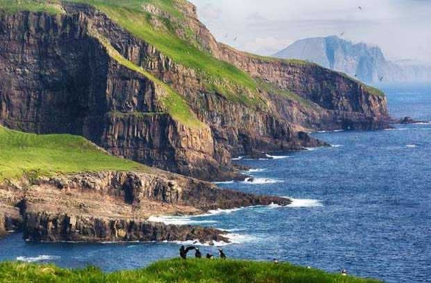 THE_FAROE_ISLANDS