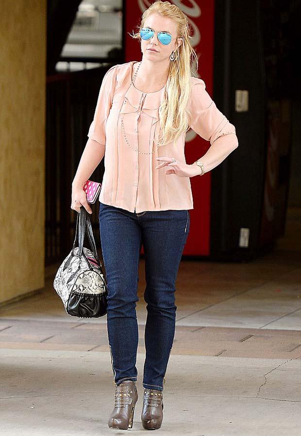 Britney_Spear_shopping_LA_
