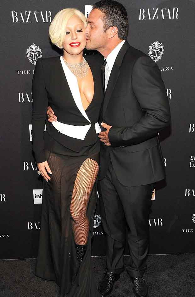 Taylor_Kinney_proposed_Lady_Gaga_3