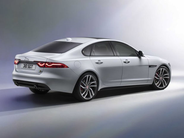 new_Jaguar_XF_sedan_3