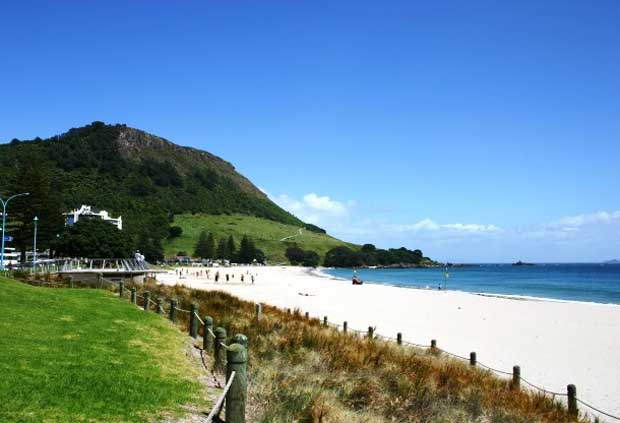 Maunganui Beach, New Zealand