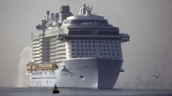 The world's third-largest cruise ship arrives in Southampton