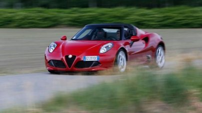 2015 Alfa Romeo 4C Spider Review