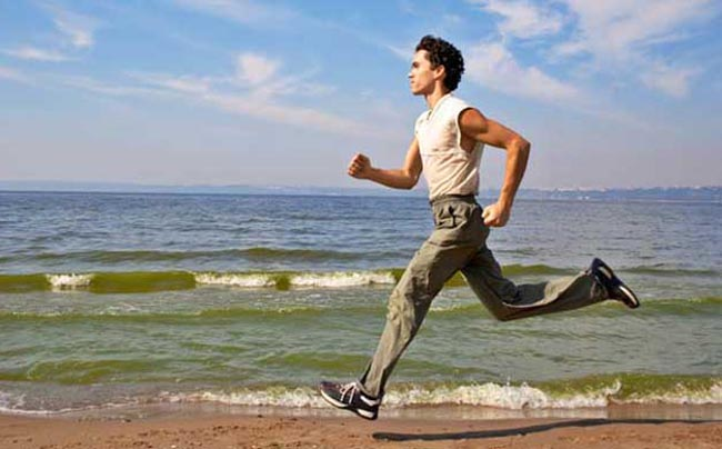 abs_Beach-Men-Running