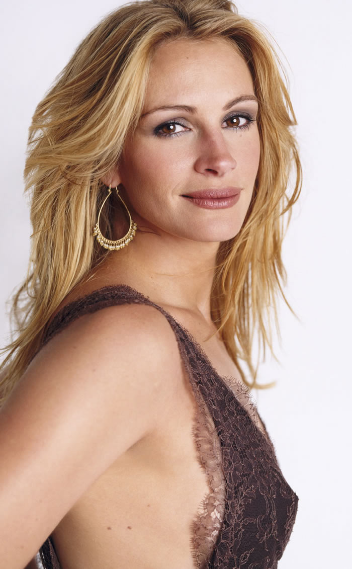 Julia Roberts Hot Pics