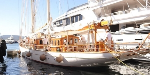 Mohamed Al Fayed Shuns Super Yachts to Holiday On Sail Boat in St Tropez