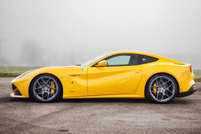 Ferrari @016
