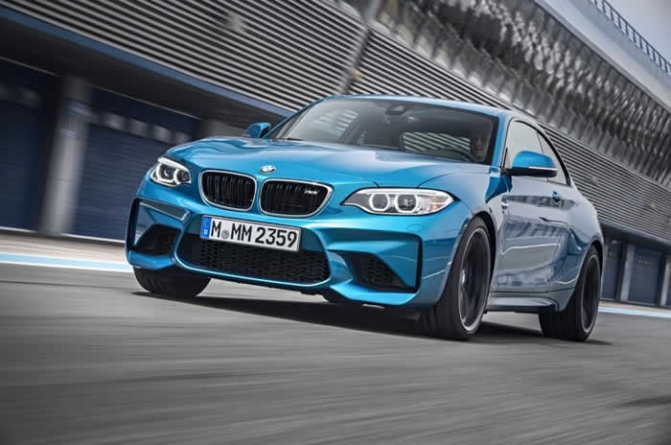 2016 BMW M2 Circles the 'Ring in Under 8 Minutes