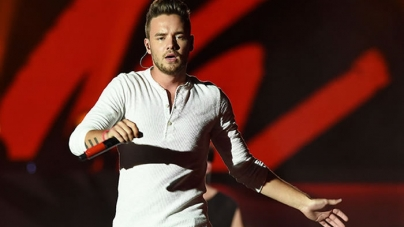 Liam Payne Laughs Off One Direction Onstage 'Shoving' Footage