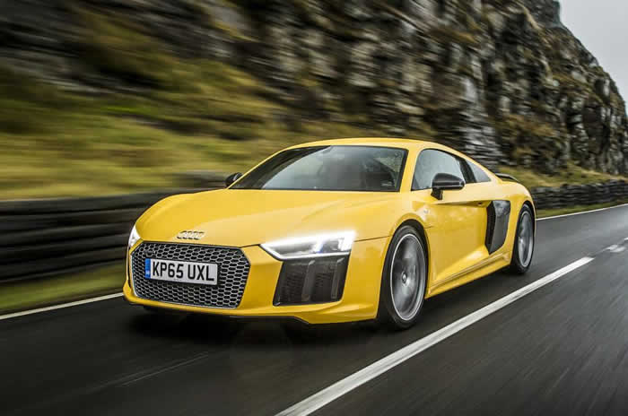 2015 Audi R8 Plus review