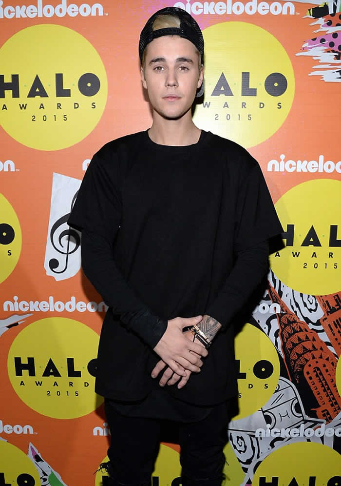Justin Bieber wins HALO Fame Award