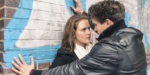 8 Cruel Things Men do to Women