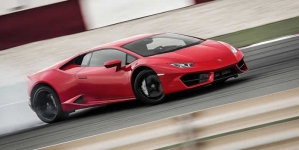 New Lamborghini Huracan LP 580-2 Review