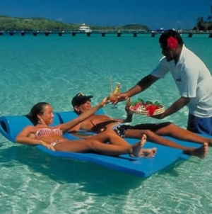 7 Dream Luxury Vacations for Couples