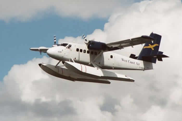 Wayne Huizenga and his de Havilland Canada DHC-6-320 Twin Otter