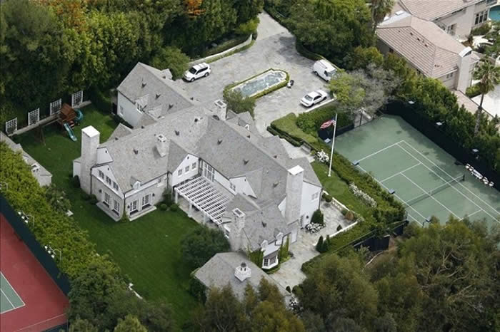 Tom Cruise and Katie Holmes – Home Cost: $35 Million