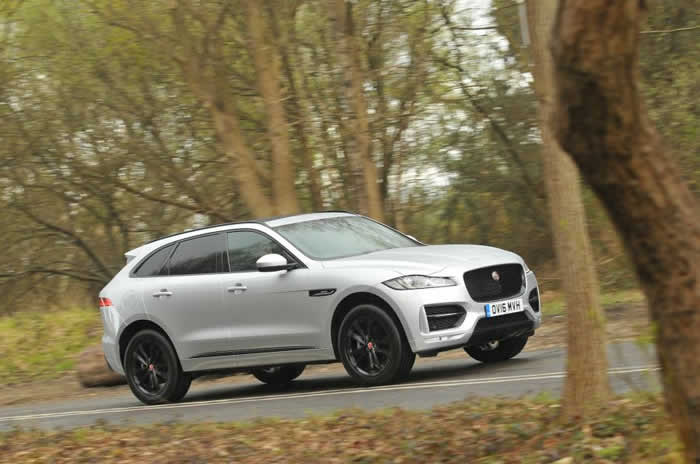 2016 Jaguar F-Pace 2.0d UK Drive