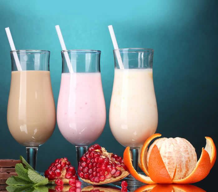 Mixed Fruit Yogurt Smoothie