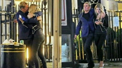 Shane Warne Spotted Kissing Mystery Blonde in London