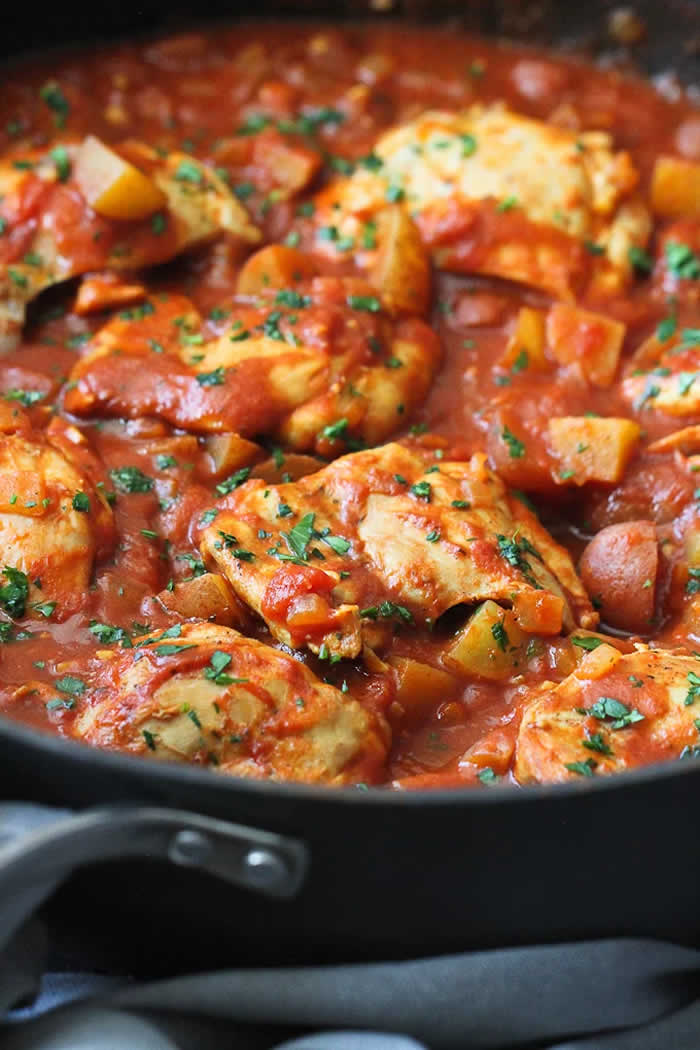 One-Pot Curry Tomato Chicken and Potatoes