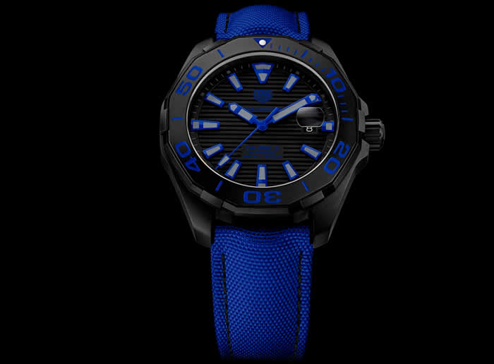 TAG Heuer Aquaracer 300M Black Titanium